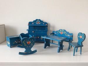 6 antieke meubeltjes